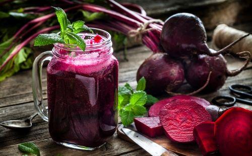 Sopa fría de remolacha: cómo se prepara y sus beneficios