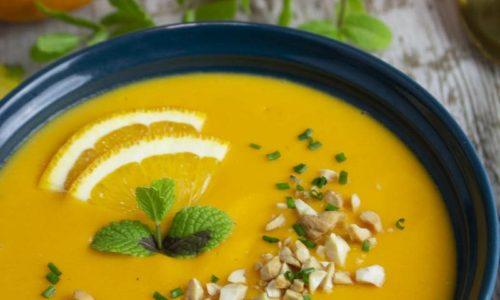 Sopa fría de zanahoria, naranjas y jengibre