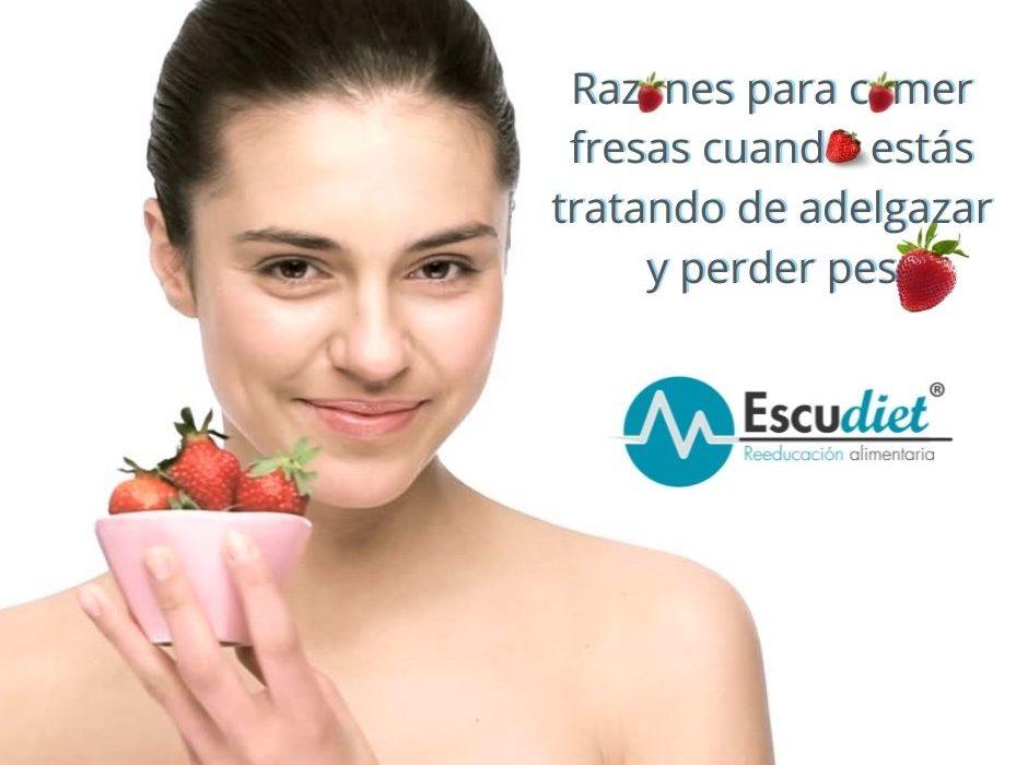 Razones por las que deberíamos comer fresas cuando queremos PERDER PESO.